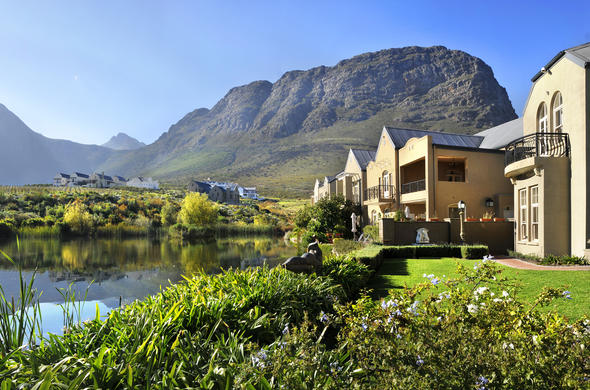 L' Ermitage Franschhoek Chateau & Villas offer Luxury accommodation in Franschhoek.