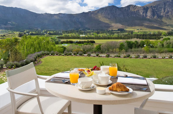 Breakfast served at Mont Rochelle Hotel & Mountain Vineyards.