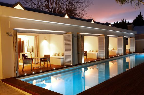 The luxurious Poolside Suites at The Robertson Small Hotel.